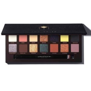 New in Box - Anastasia Beverly Hills Prism Palette